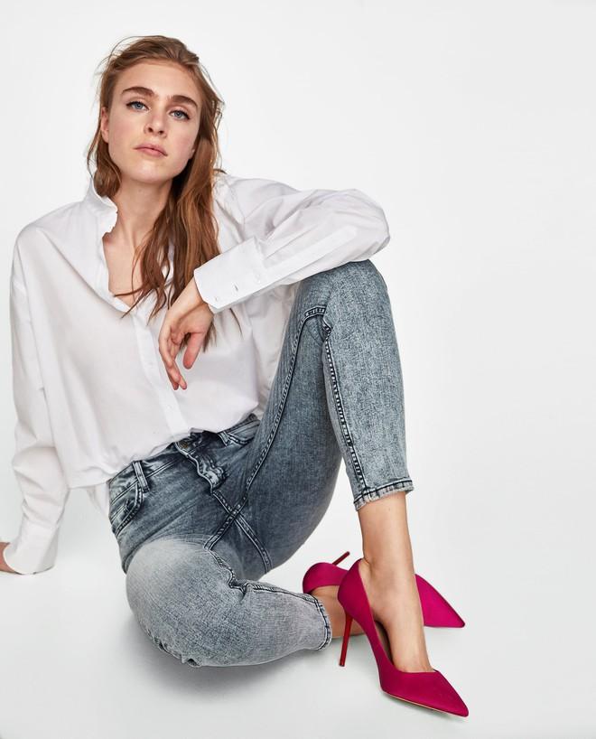 Victoria Beckham và những chiếc quần jeans chẳng mấy khi giặt - Ảnh 7.