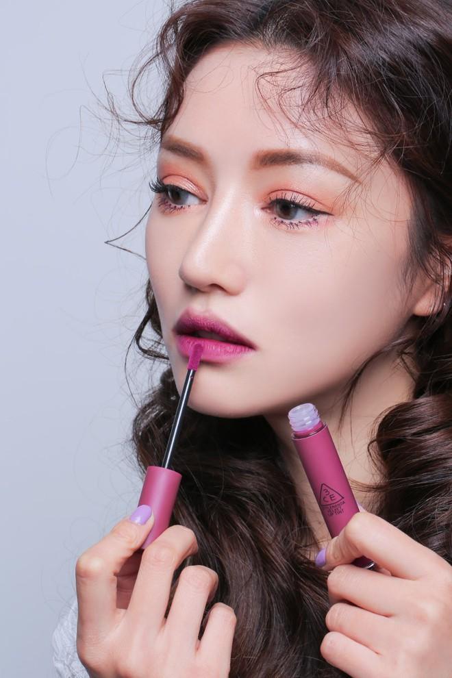 3CE bổ sung 3 màu mới toanh toàn tông tím cực trendy cho dòng son kem Velvet Lip Tint - Ảnh 11.