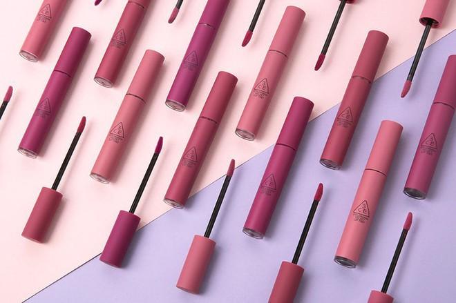 3CE bổ sung 3 màu mới toanh toàn tông tím cực trendy cho dòng son kem Velvet Lip Tint - Ảnh 3.