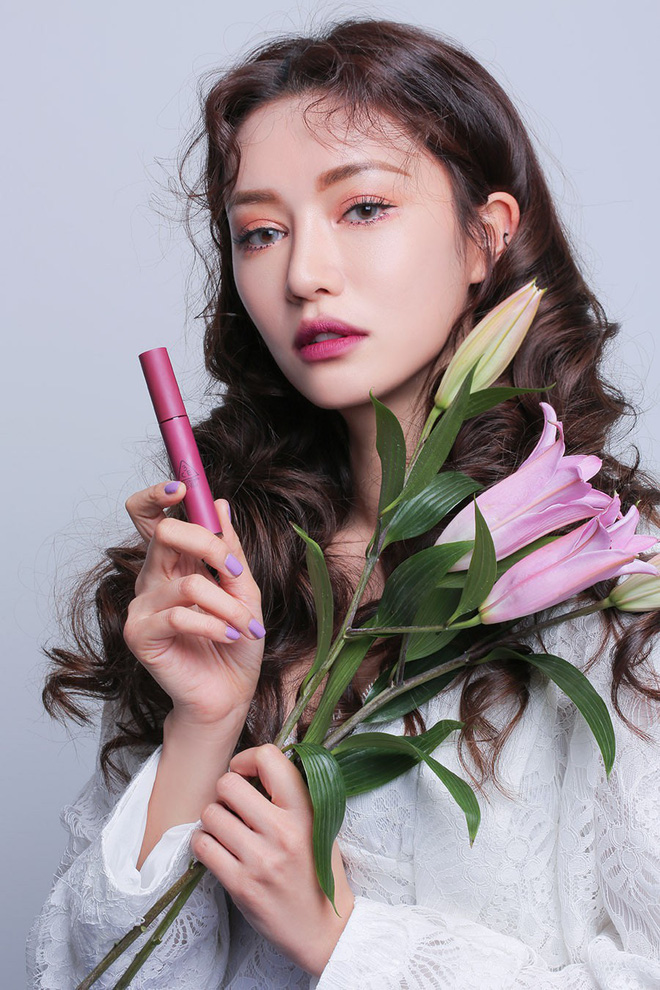 3CE bổ sung 3 màu mới toanh toàn tông tím cực trendy cho dòng son kem Velvet Lip Tint - Ảnh 10.