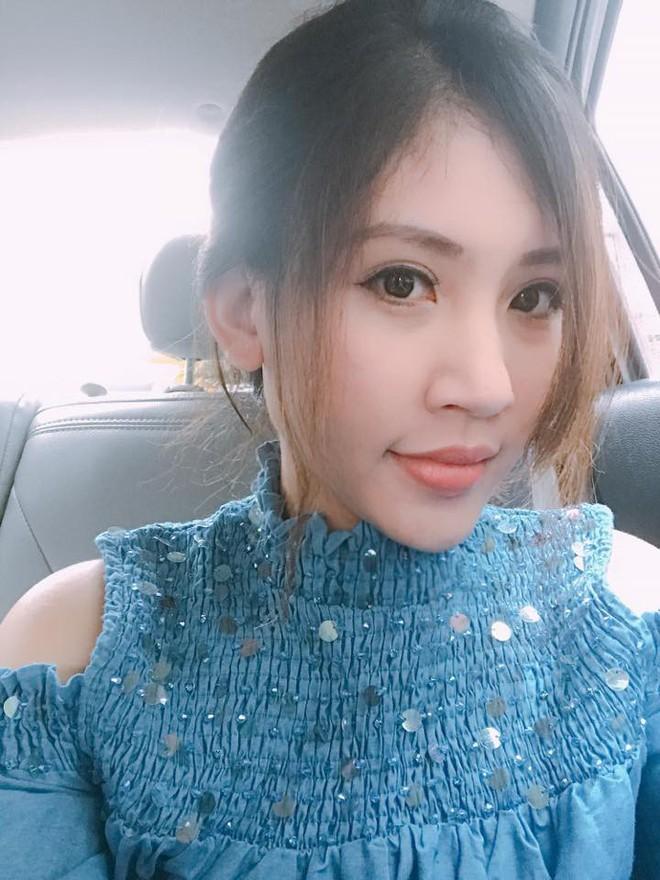 Chân dung cô em nóng bỏng của Hoa hậu nhà giàu Jolie Nguyễn - Ảnh 4.