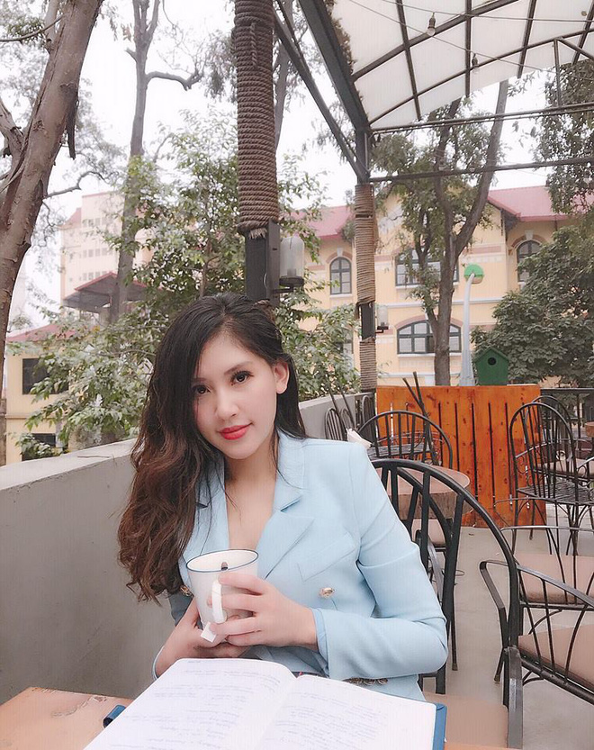 Chân dung cô em nóng bỏng của Hoa hậu nhà giàu Jolie Nguyễn - Ảnh 10.