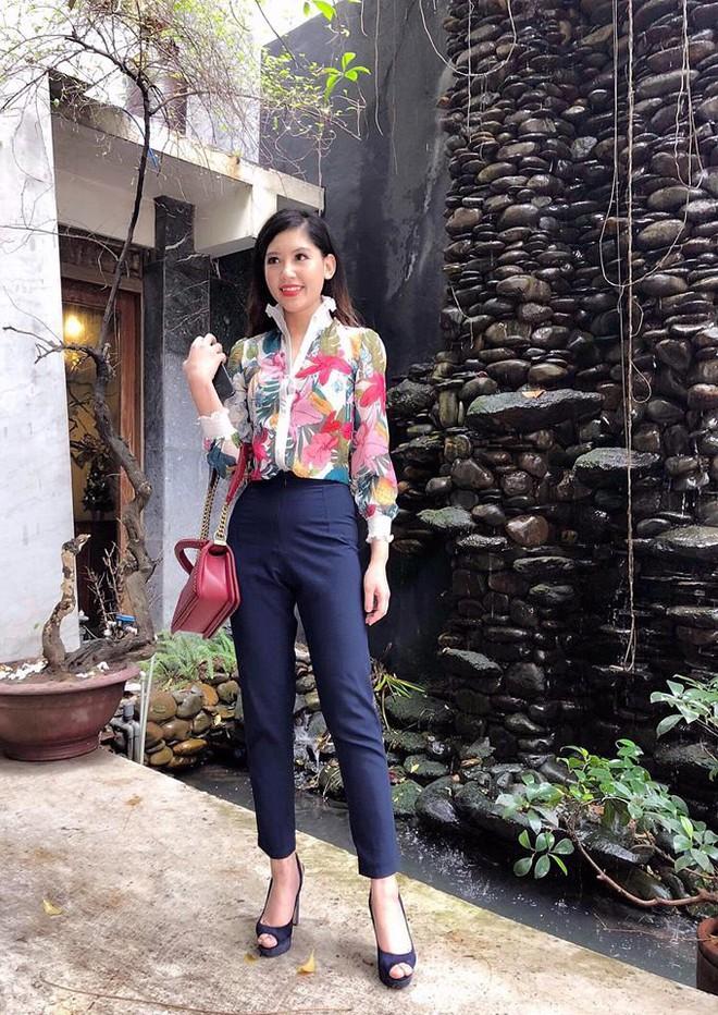 Chân dung cô em nóng bỏng của Hoa hậu nhà giàu Jolie Nguyễn - Ảnh 19.