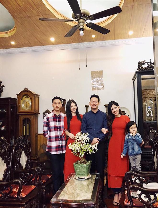 Chân dung cô em nóng bỏng của Hoa hậu nhà giàu Jolie Nguyễn - Ảnh 12.