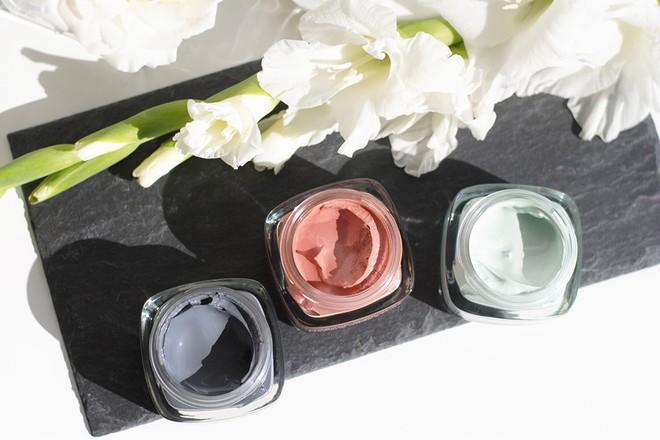 Để da không nhờn dính, makeup không lo chảy trong ngày nồm ẩm, bạn hãy áp dụng ngay 6 tips này - Ảnh 4.