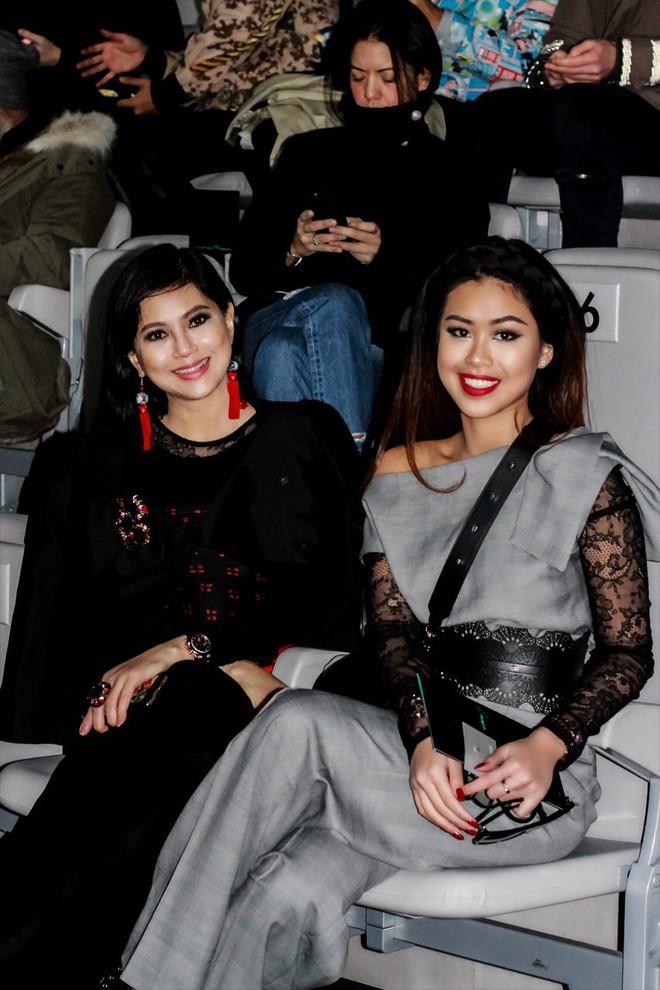 Mùa này nước ta làm gì có ai bay show ác liệt tại Milan Fashion Week hơn là Thảo Tiên - em chồng Hà Tăng - Ảnh 10.