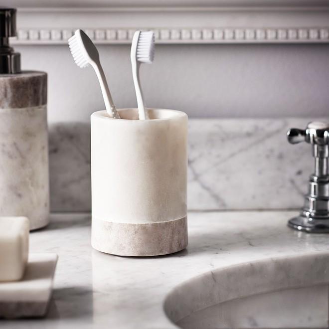 Sau 7 bước nhanh-gọn-lẹ là nhà vệ sinh nhà bạn đã sạch không tì vết - Ảnh 4.