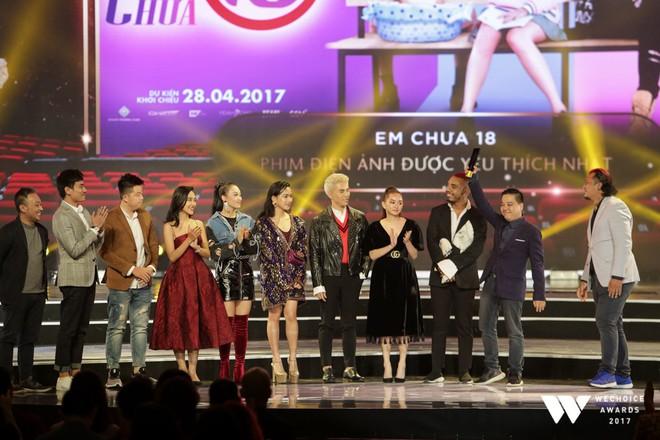 Sơn Tùng M-TP và cô trò Mỹ Tâm - Đức Phúc thắng lớn tại Wechoice Awards 2017 - Ảnh 8.
