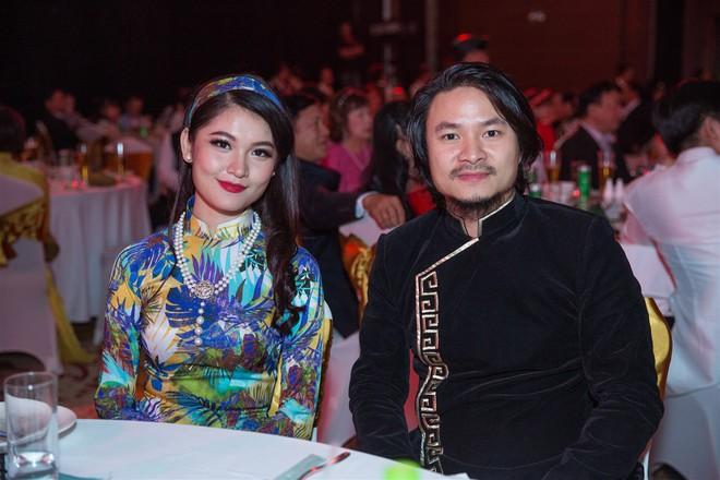 Á hậu Thùy Dung, Diễm Trang, Diệu Thùy đọ sắc, đọ giọng trên sân khấu - Ảnh 3.