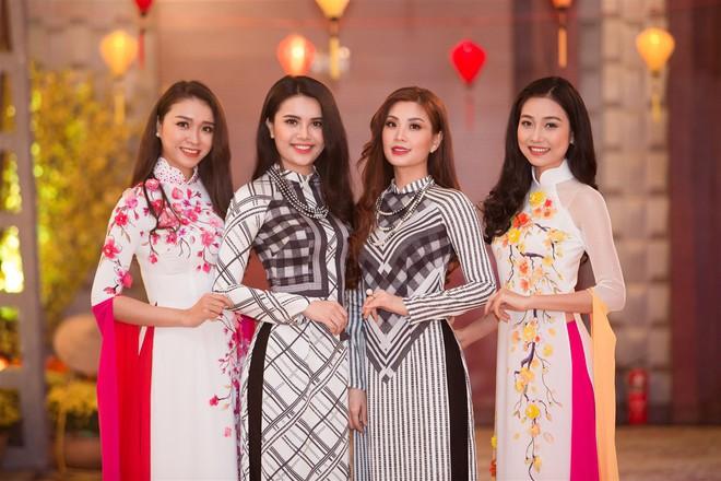 Á hậu Thùy Dung, Diễm Trang, Diệu Thùy đọ sắc, đọ giọng trên sân khấu - Ảnh 5.