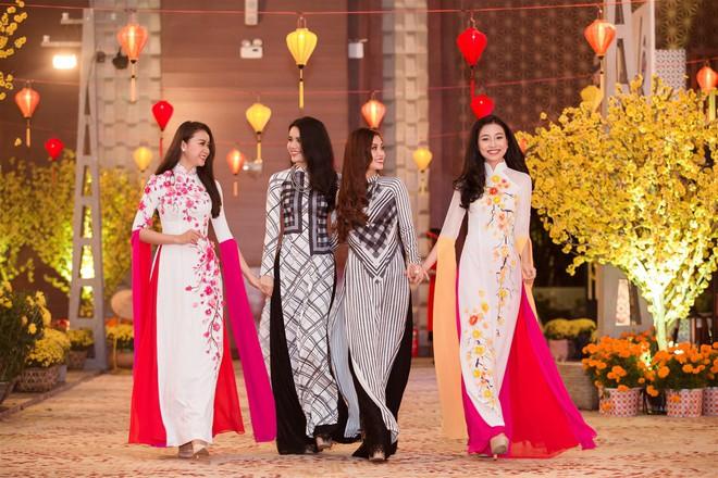 Á hậu Thùy Dung, Diễm Trang, Diệu Thùy đọ sắc, đọ giọng trên sân khấu - Ảnh 6.