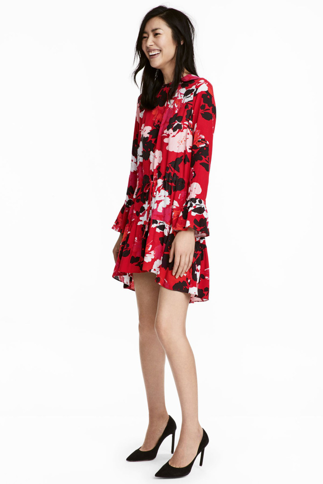 Dạo 1 vòng H&M và Zara, bạn có thể vơ được cả rổ váy đỏ có giá dưới 1 triệu mà tha hồ diện Tết này - Ảnh 9.