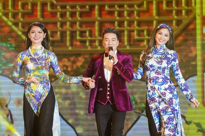 Á hậu Thùy Dung, Diễm Trang, Diệu Thùy đọ sắc, đọ giọng trên sân khấu - Ảnh 8.