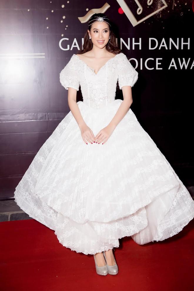 Còn chờ mong gì nữa, đây chính là những bộ cánh đẹp mắt nhất thảm đỏ WeChoice Awards 2017! - Ảnh 5.