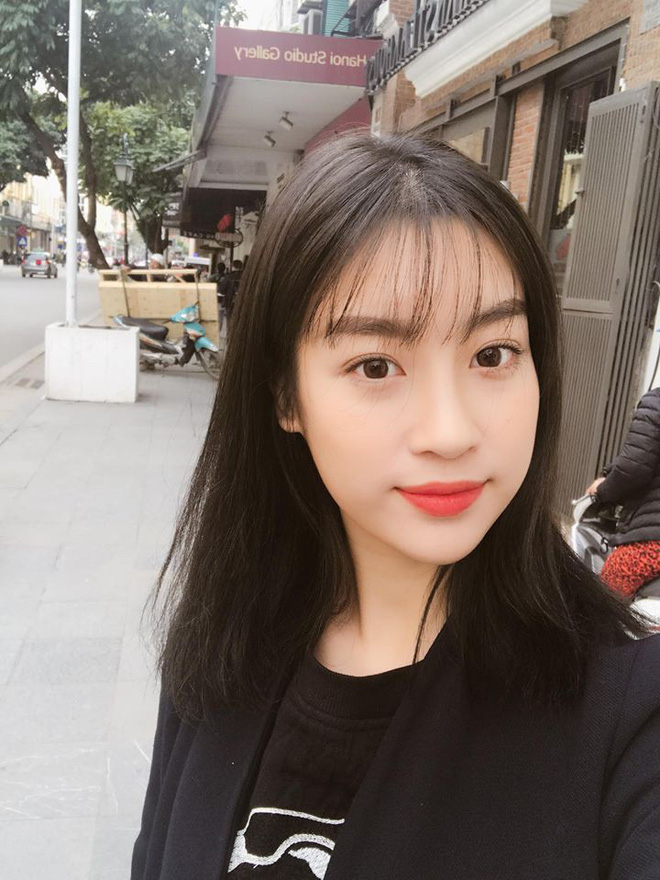 Hoa hậu Đỗ Mỹ Linh trẻ xinh ra vài tuổi khi cắt mái lưa thưa - Ảnh 3.