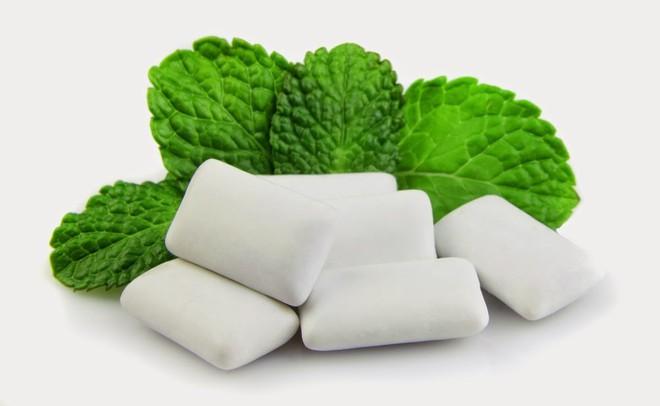 8 mẹo vặt hữu ích giúp bạn luôn nói không với bệnh sâu răng - Ảnh 2.
