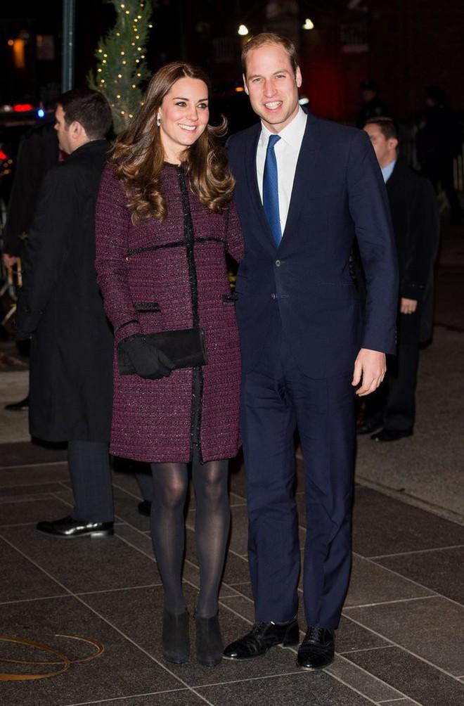 Công nương Kate Middleton không bao giờ cởi áo khoác tại nơi công cộng và lý do bất ngờ đằng sau quy tắc này - Ảnh 6.