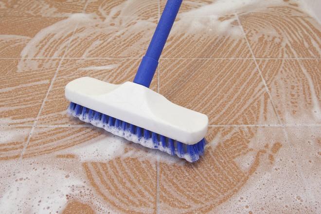 Tất tật bí kịp làm sạch nền sàn nhanh và hiệu quả để dọn nhà đón Tết - Ảnh 1.