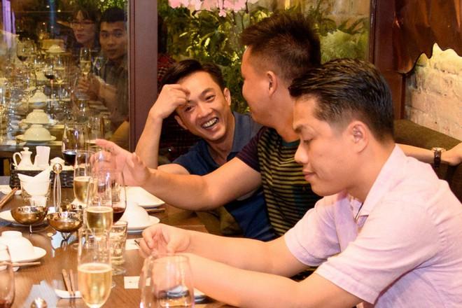 Cộng đồng mạng nghi vấn chuyện trục trặc tình cảm là chiêu trò của Đàm Thu Trang - Cường Đô La? - Ảnh 3.