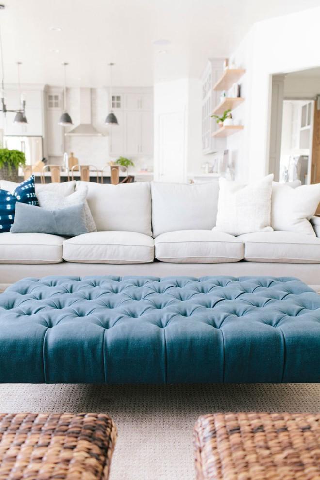 Mẹo hay trang trí với ghế đệm dài siêu to giúp ngôi nhà thêm khang trang, sáng sủa - Ảnh 5.