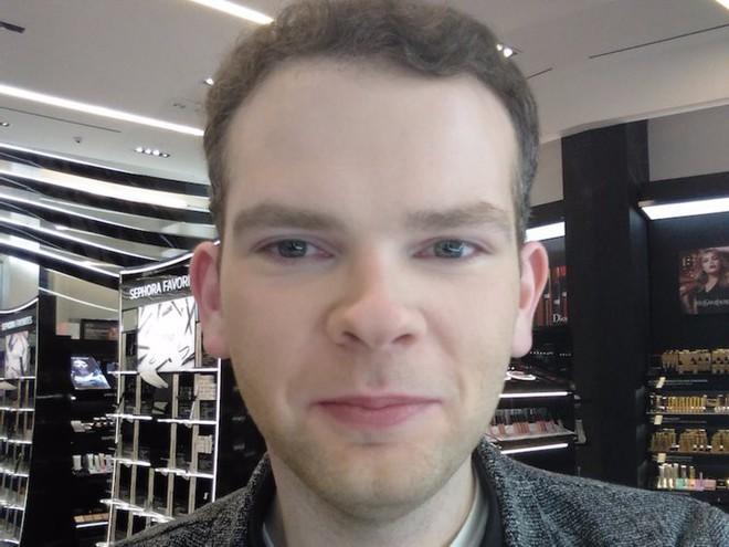 Trải nghiệm dịch vụ makeup dành cho nam, chàng trai này nhận được kết quả ấn tượng như Photoshop - Ảnh 8.