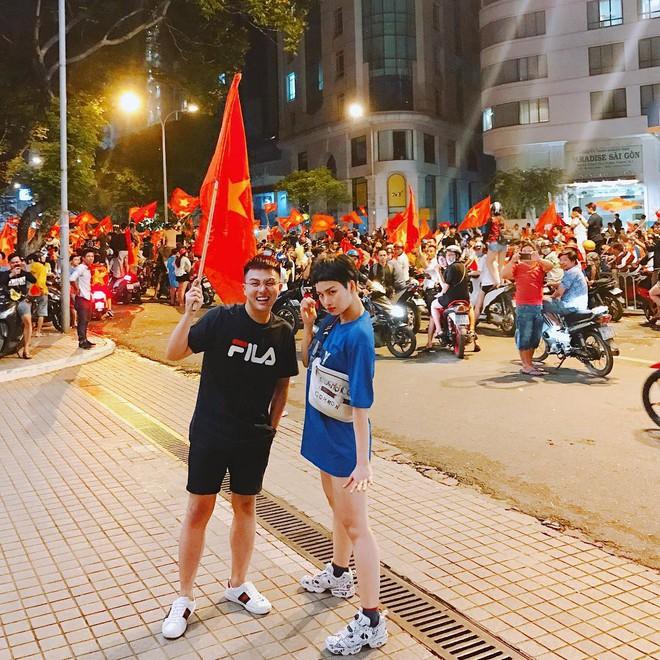 Sao Việt và muôn kiểu lên đồ đi bão sau chiến thắng của U23 Việt Nam - Ảnh 5.