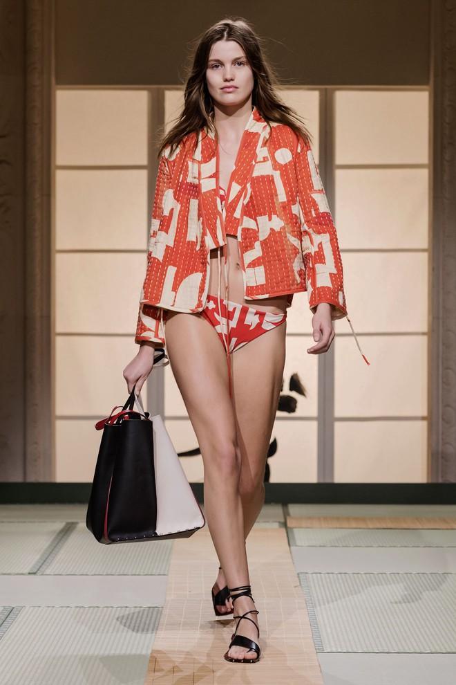 Châu Bùi và Kelbin Lei cùng dàn fashionista đình đám dự show H&M tại Tuần lễ thời trang Paris - Ảnh 7.