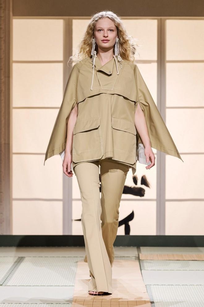 Châu Bùi và Kelbin Lei cùng dàn fashionista đình đám dự show H&M tại Tuần lễ thời trang Paris - Ảnh 9.