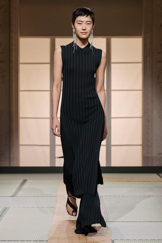 Châu Bùi và Kelbin Lei cùng dàn fashionista đình đám dự show H&M tại Tuần lễ thời trang Paris - Ảnh 10.