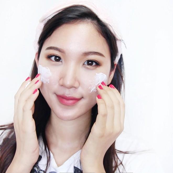 Theo dõi ngay 4 beauty blogger này, nàng bận rộn sẽ học được nhiều tip chăm sóc da nhanh gọn mà cực kỳ hưu ích cho mình - Ảnh 10.