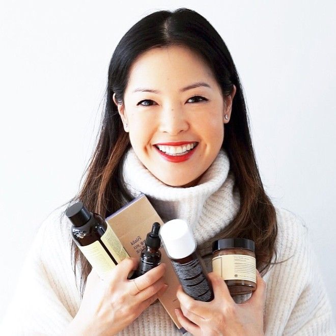 Theo dõi ngay 4 beauty blogger này, nàng bận rộn sẽ học được nhiều tip chăm sóc da nhanh gọn mà cực kỳ hưu ích cho mình - Ảnh 1.