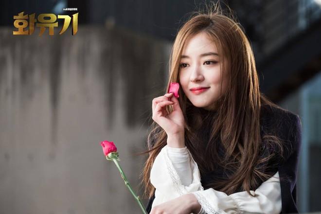 """Lee Se Young: Từ sao nhí tiềm năng một thời suýt bị quên lãng đến nàng """"cương thi quyến rũ nhất lịch sử điện ảnh xứ kim chi - Ảnh 2."""