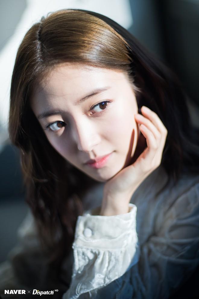 """Lee Se Young: Từ sao nhí tiềm năng một thời suýt bị quên lãng đến nàng """"cương thi quyến rũ nhất lịch sử điện ảnh xứ kim chi - Ảnh 18."""