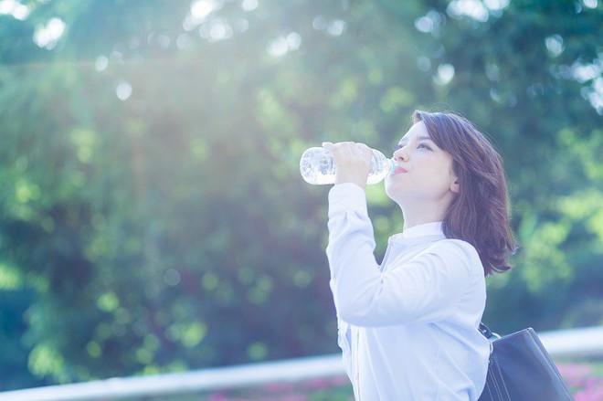 Phụ nữ Nhật có làn da đẹp hoàn mỹ là nhờ uống đúng loại nước này vào mỗi sáng khi thức dậy - Ảnh 6.