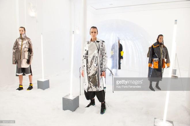 Vừa xong London Fashion Week, Thanh Thảo Next Top lại âm thầm chinh chiến Paris Fashion Week - Ảnh 7.