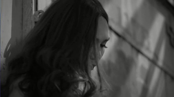 Phận chuyển giới làm gái bán hoa lay động lòng người tại Sing my song  - Ảnh 7.