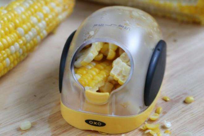 6 dụng cụ cắt gọt hô biến việc bếp núc nhanh trong chớp mắt - Ảnh 7.