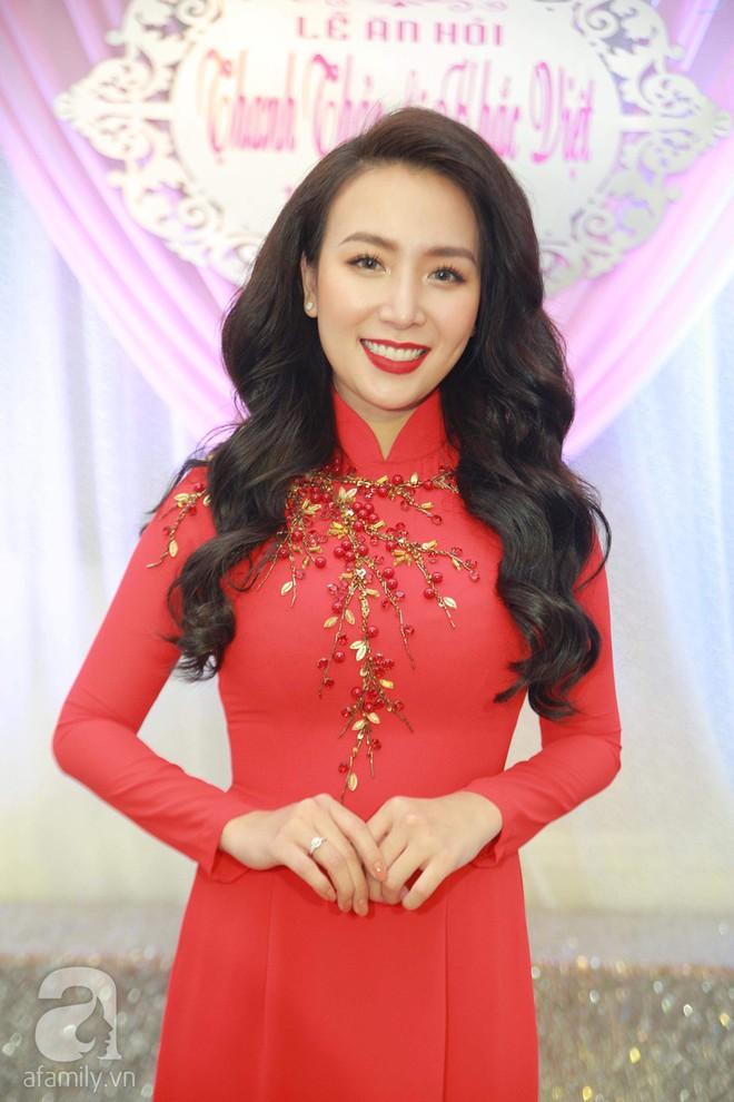 Khắc Việt cùng dàn trai đẹp showbiz mang lễ đến ăn hỏi bạn gái hotgirl - Ảnh 20.