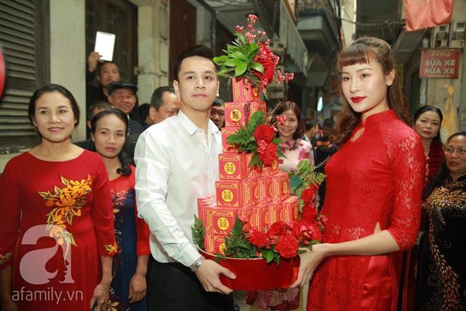 Khắc Việt cùng dàn trai đẹp showbiz mang lễ đến ăn hỏi bạn gái hotgirl - Ảnh 13.