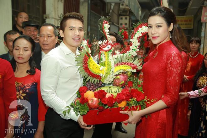 Khắc Việt cùng dàn trai đẹp showbiz mang lễ đến ăn hỏi bạn gái hotgirl - Ảnh 12.