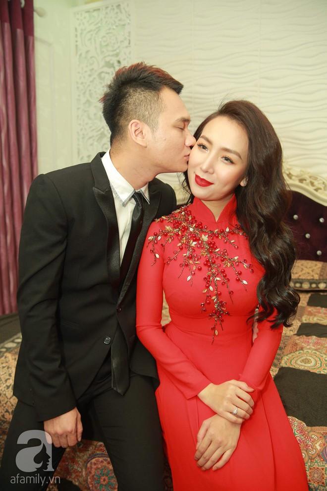 Khắc Việt cùng dàn trai đẹp showbiz mang lễ đến ăn hỏi bạn gái hotgirl - Ảnh 24.