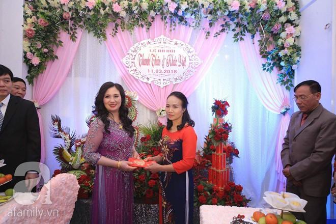 Khắc Việt cùng dàn trai đẹp showbiz mang lễ đến ăn hỏi bạn gái hotgirl - Ảnh 30.