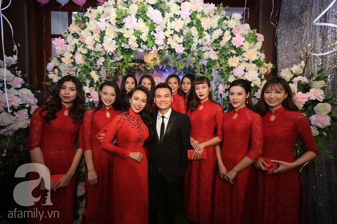 Khắc Việt cùng dàn trai đẹp showbiz mang lễ đến ăn hỏi bạn gái hotgirl - Ảnh 31.