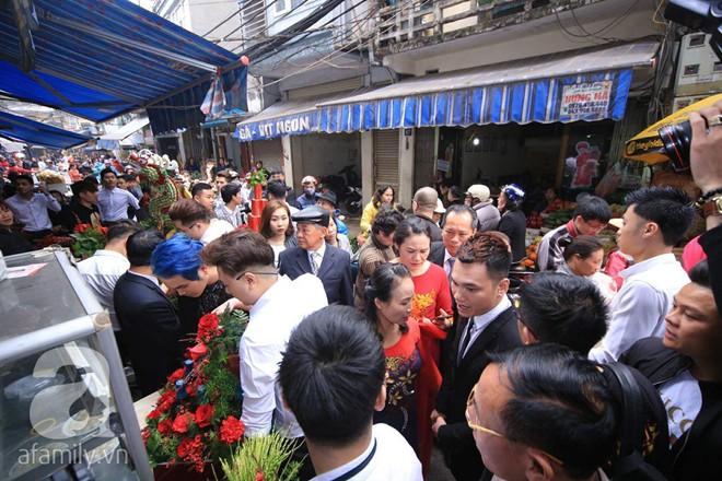 Khắc Việt cùng dàn trai đẹp showbiz mang lễ đến ăn hỏi bạn gái hotgirl - Ảnh 3.