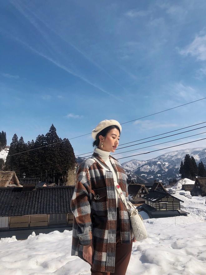 Nhìn ảnh Quỳnh Anh Shyn đi Nhật, ai cũng phải công nhận cô nàng đợt này makeup và ăn mặc xinh quá đỗi - Ảnh 7.