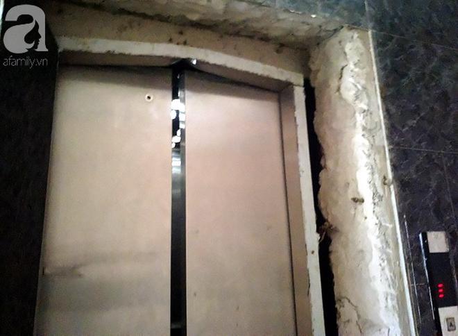 Hà Nội: Thang máy gặp sự cố tại chung cư, nhốt người dân bên trong - Ảnh 5.