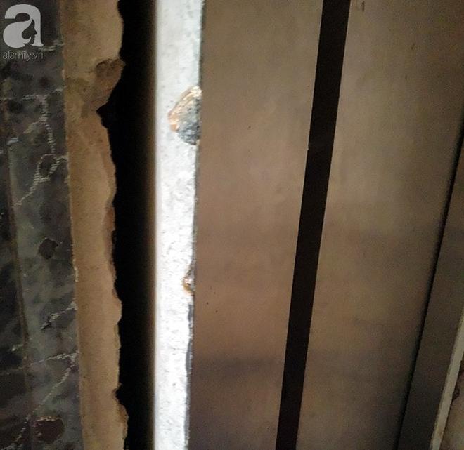 Hà Nội: Thang máy gặp sự cố tại chung cư, nhốt người dân bên trong - Ảnh 6.