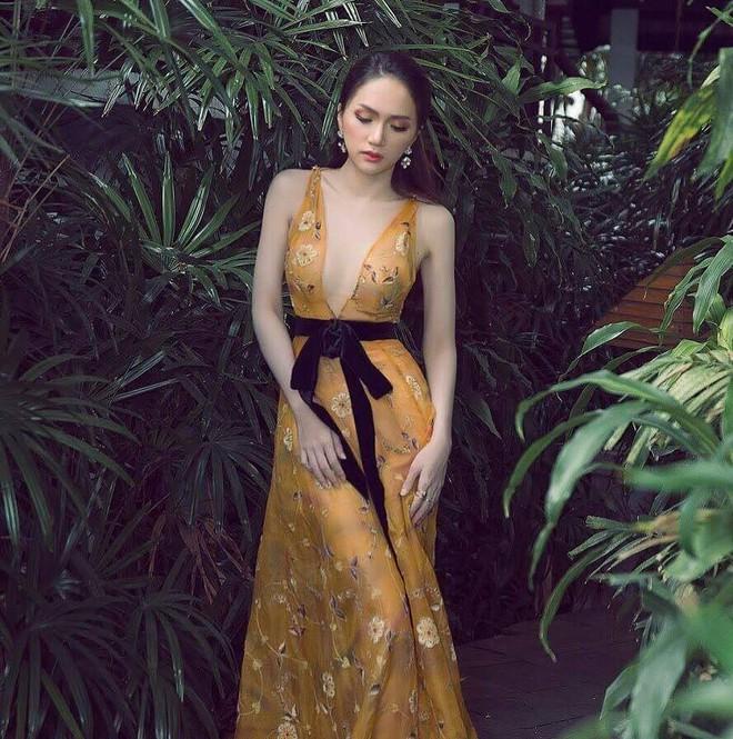 Một chiếc váy hai số phận, không tin bạn cứ nhìn hai người đẹp tên Hương Giang này diện - Ảnh 2.