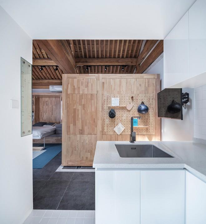 Căn nhà truyền thống nhỏ gọn nhưng đầy đủ tiện ích - Ảnh 8.
