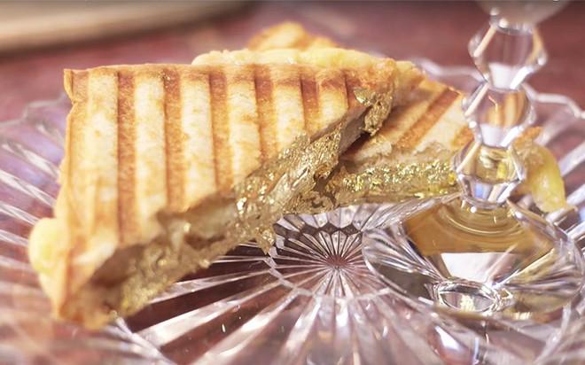 Muốn khám phá vị vàng thế nào, 7 món ăn dát vàng này chính là thứ nên thử, Việt Nam cũng có 1 món - Ảnh 8.